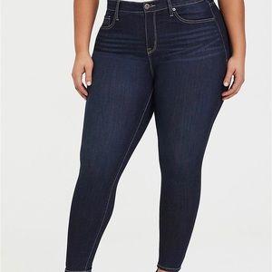 Torrid Premium Sky High Dark Wash Skinny Jean